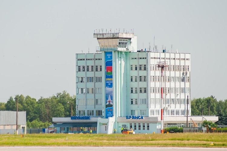 28 Aeroport