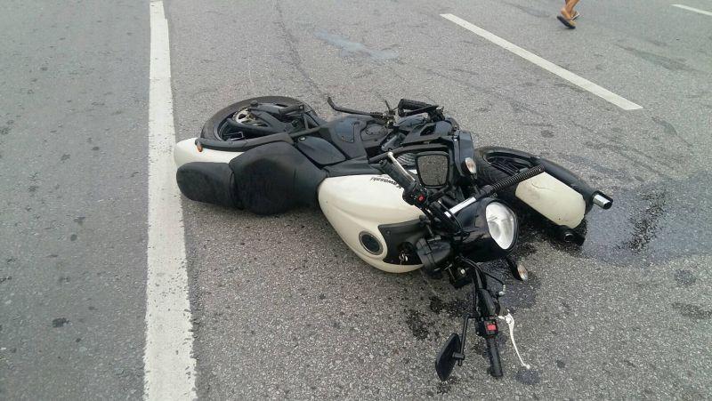 На брянской трассе с управлением не справилась мотоциклистка