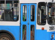 trolley bus 4859389 1920