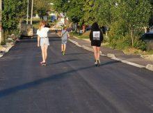 В посёлке Ивановка Брянской области заасфальтировали главные улицы
