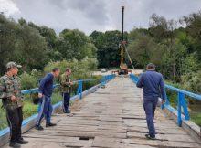 Жители брянского города Сельцо дождались ремонта моста