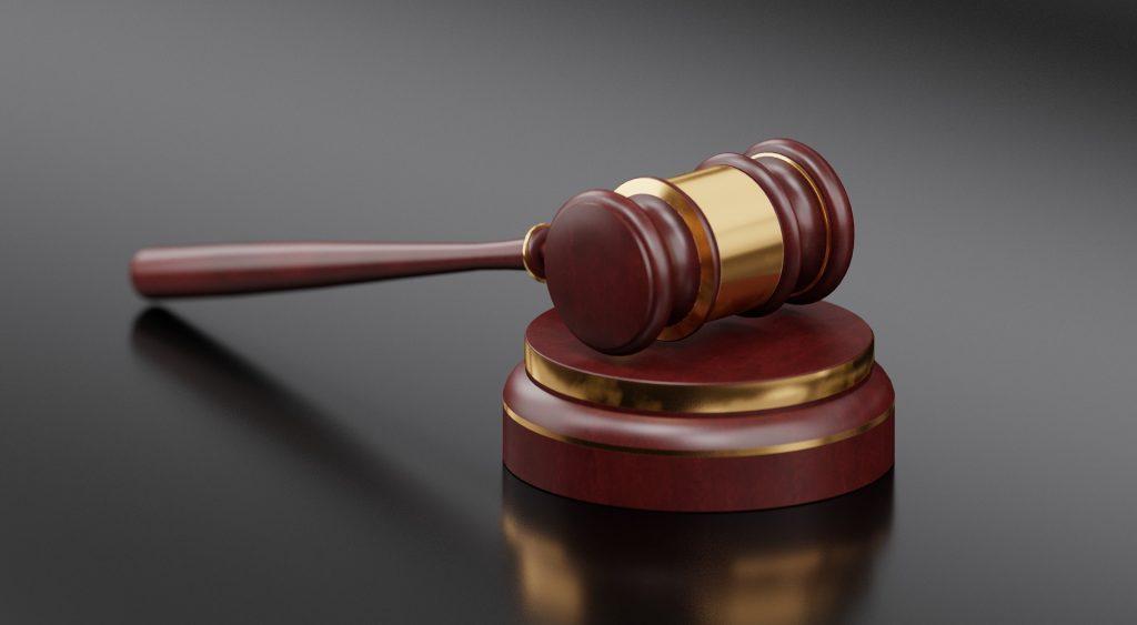 Брянский суд не пощадил обманувшего чернобыльцев мошенника