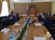 Посол Уганды встретился с губернатором Брянской области Александром Богомазом