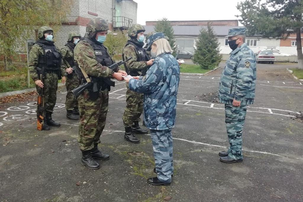 В Брянске проверили боеготовность отдела спецназначения «Торнадо»