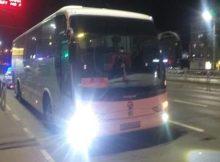В Брянске при падении в автобусе пассажирка повредила позвоночник