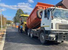 В селе Дохновичи Стародубского округа ремонтируют улицу Центральной