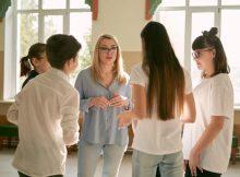 Брянским учителям предложили бесплатно пройти курсы от Яндекс.Учебника